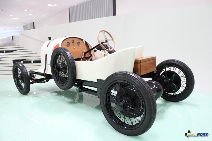 """1922 г. Austro-Daimler ADS R """"Sascha"""" Было выпущено несколько экземпляров, различали их маркировкой мастей."""