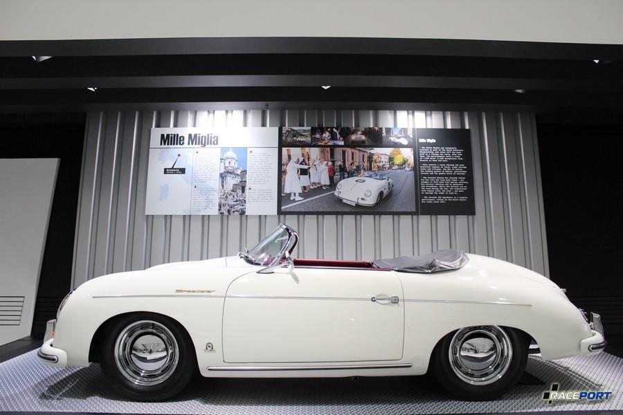 Porsche 356 Speedster 1955 г.в. Двигатель оппозитный 4 цил., объем 1488 куб см, мощность 55 л. с., макс. скорость 160 км/ч. Вес 760 кг