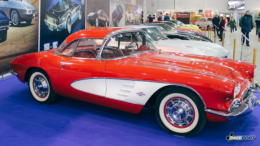 Первое поколение Chevrolet Corvette C1 1961 г.