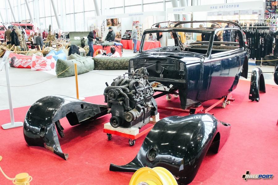 В процессе реставрации Horch 930V Cabriolet 1939 г.в. Двигатель V8 3,8 л, 92 л. с. всего было собрано 2060 экземпляров