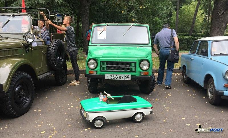 Педальная машинка Москвич, предмет мечтаний детства :)