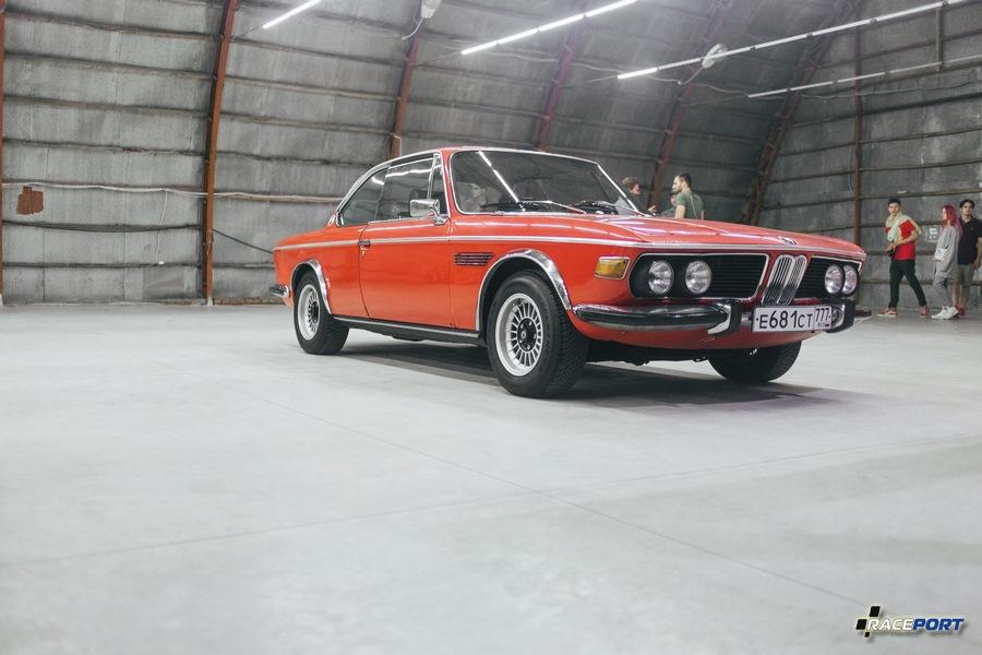 BMW 3.0 E9