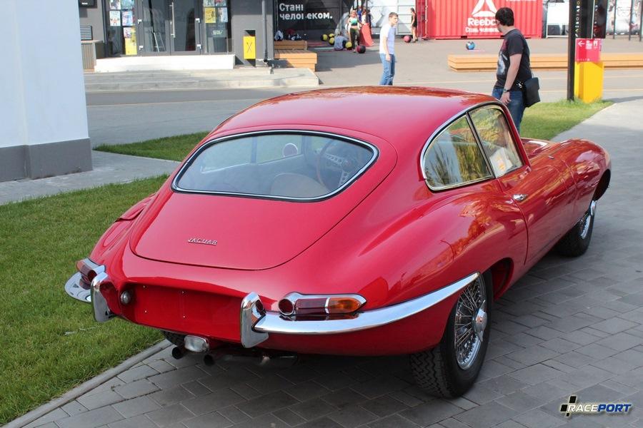 Jaguar E-Type первой генерации