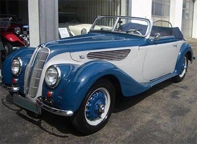 BMW 327/28 1939 Объем двигателя 1970 куб см, 80 л.с., пробег 16 005 км (205 000 Евро)
