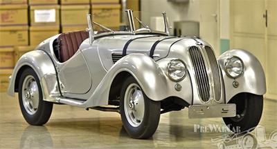 BMW 328 Roadster Mile Miglia 1938 Объем двигателя 1971 куб см, 80 л.с. (790 000 Евро)