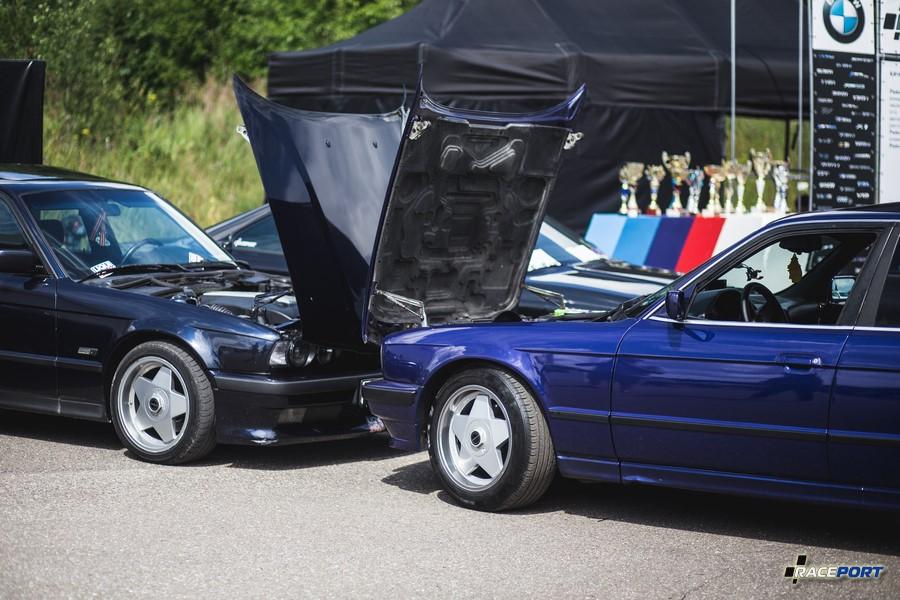 Фото нашей BMW 530d со свапнутым двигателем M57 слева и похожей машиной участника БМВ Фестиваля