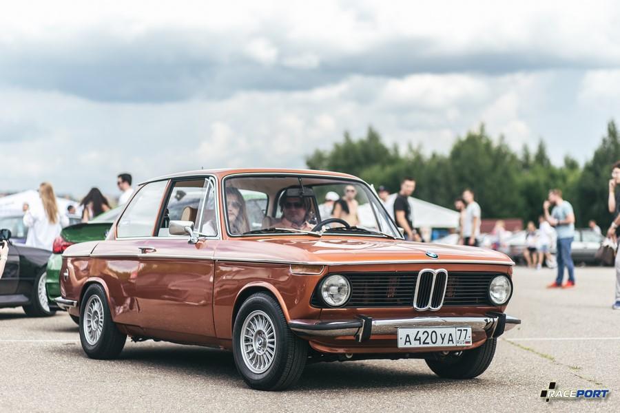 Единственная на фестивале BMW 2й серии