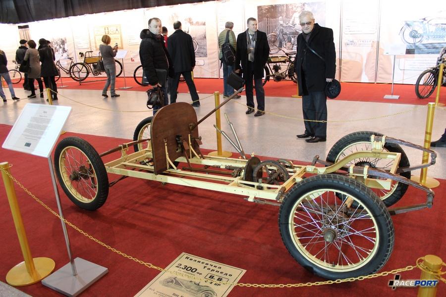 Baby, Франция 1912 г. Однацилиндровый двигатель 8 л.с.