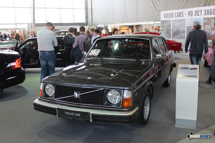 Один из немногих янгтаймеров Volvo 244