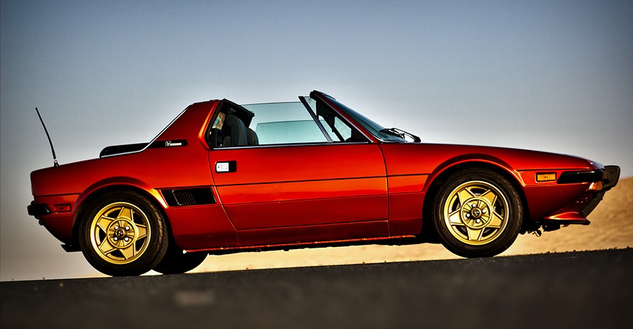 Не большому спортивному Fiat`у X1/9 исполняется 40 лет