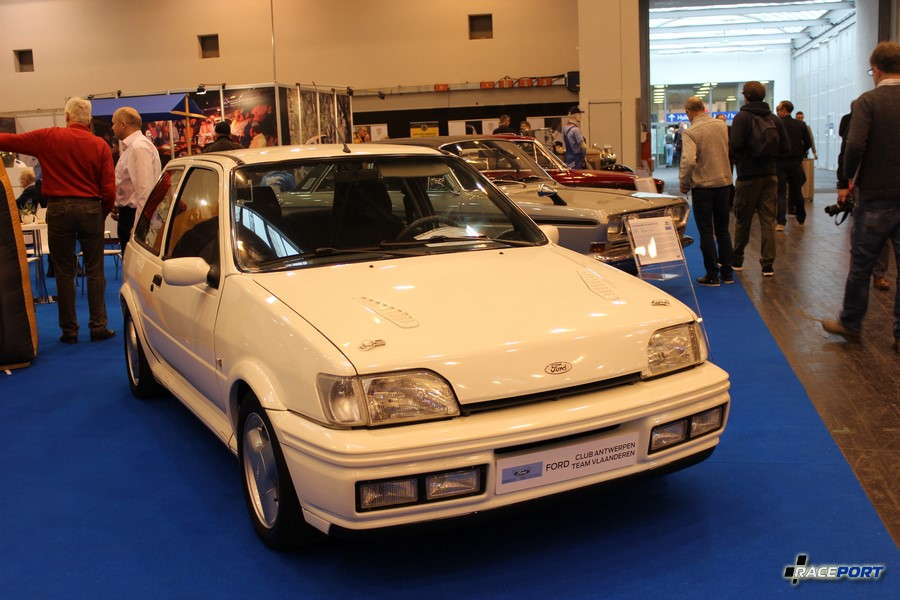 1990 г. в. Ford Fiesta MK3 1.6L RS Turbo 133 л. с.
