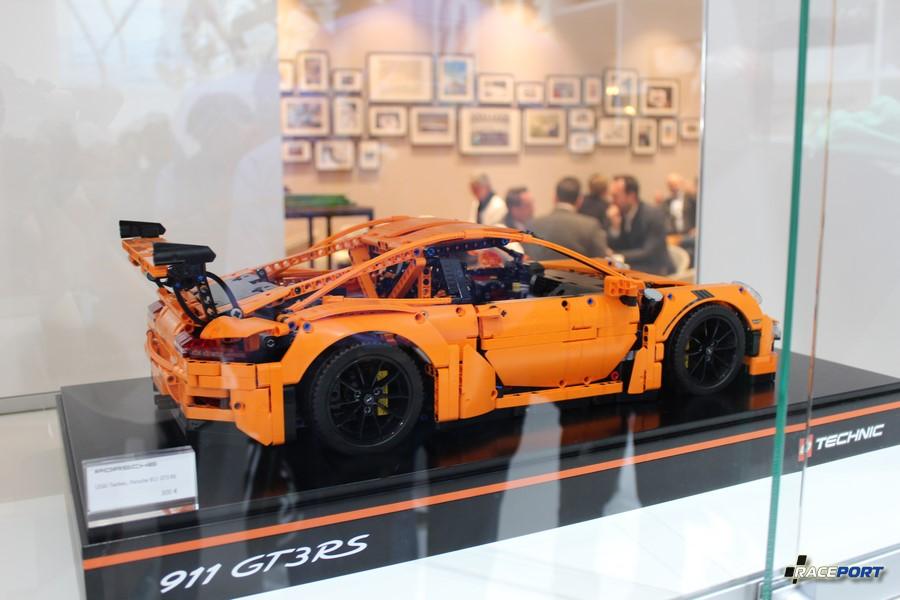 Конструктор LEGO - Porsche GT3 RS