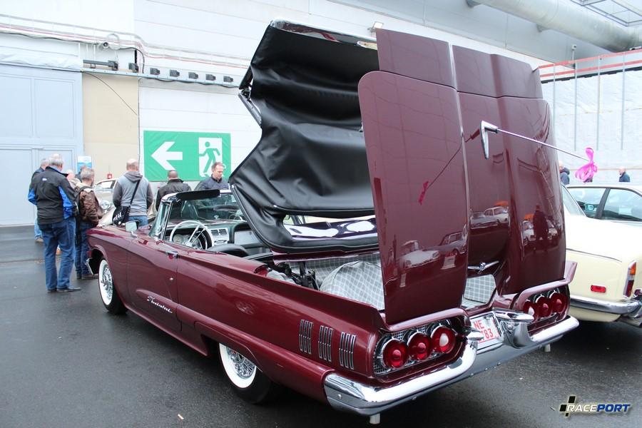 1960 Ford Thunderbird 49 900 Euro