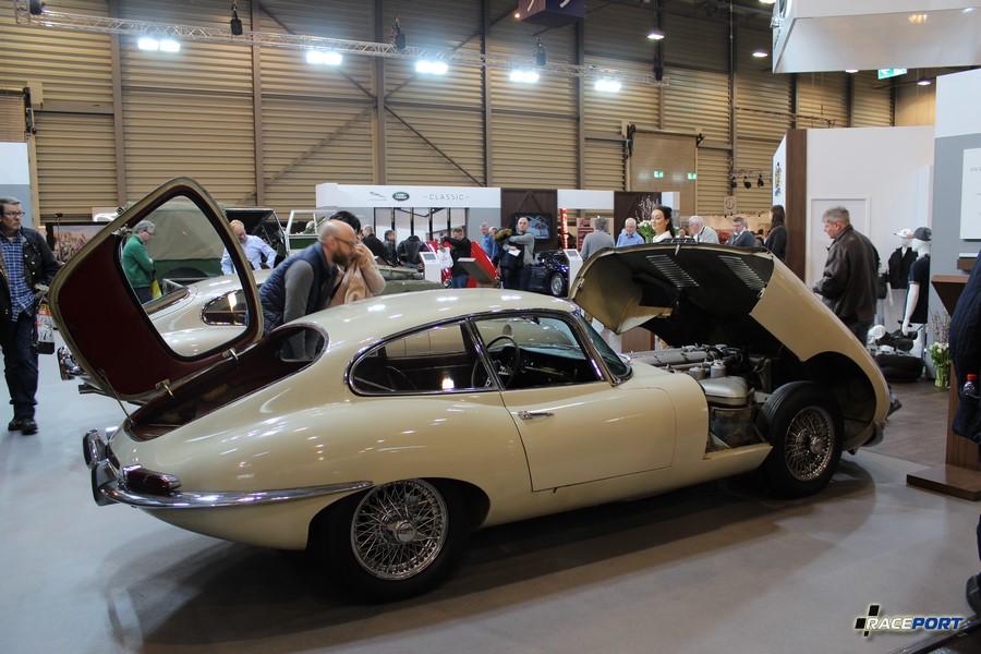 Заводской стенд Jaguar/Land Rover