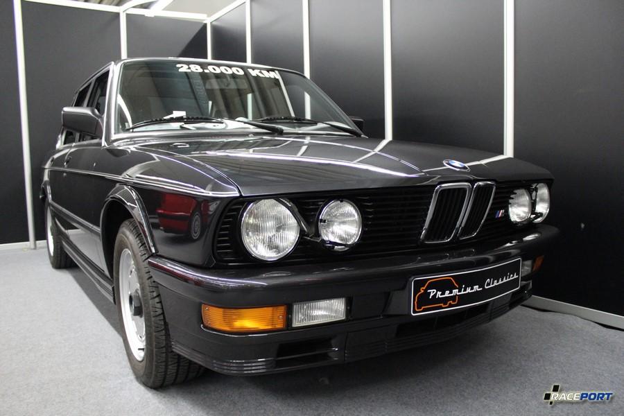 1985 BMW M535i E28; 28 000 km; 64 950 Euro