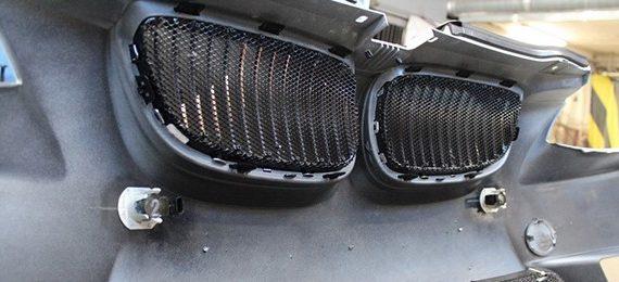 057 Установка защитной сетки на решетки радиатора BMW