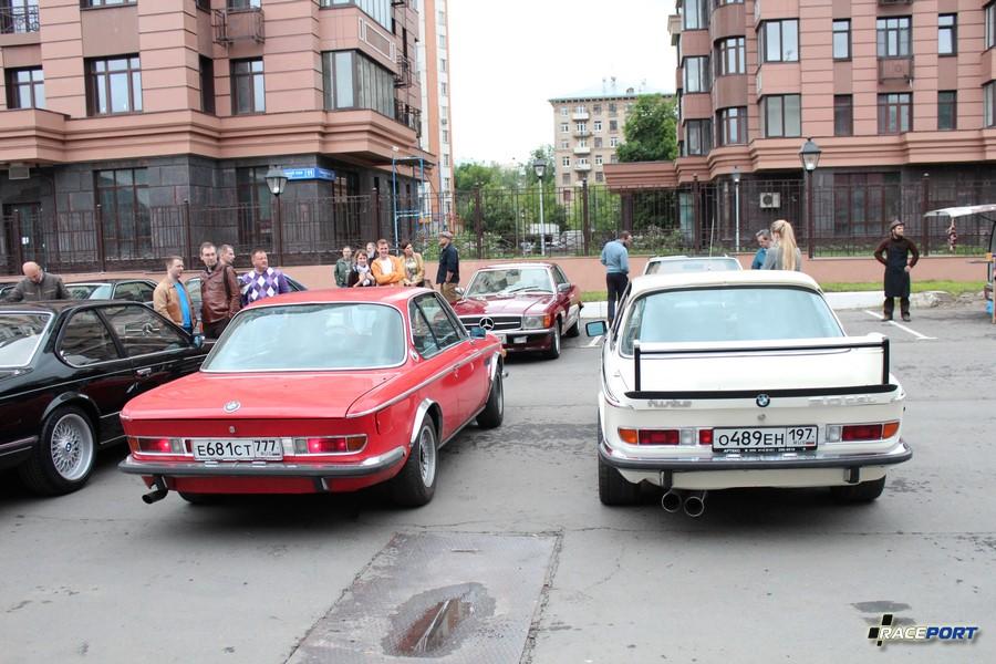 Пара BMW E9. Других машин в этом кузове мы не видели в Москве