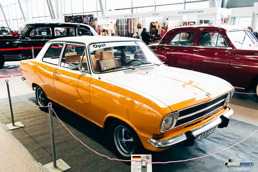 Opel Kadett B 1972 г.в. Окрашен видимо где то далеко в глубинке