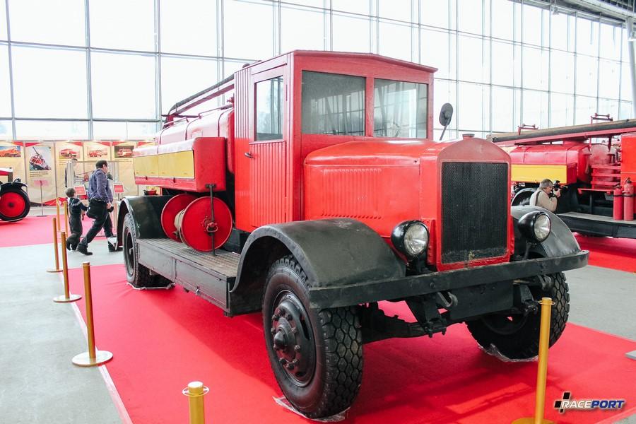 Автоцистерна ЯГ-6 1940 г. СССР