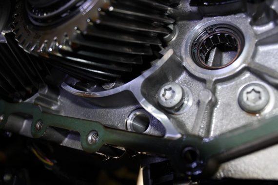 011 Проблема с раздаточной коробкой Porsche 911 Turbo.