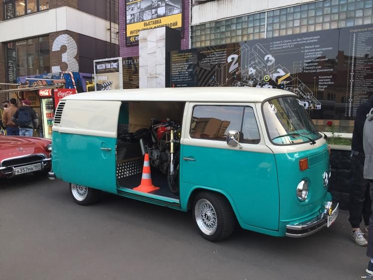 Чудный автобус Volkswagen