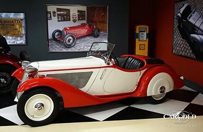 BMW 315/1 1934 Объем двигателя 1490 куб см, 40 л.с., макс. скорость 120 км/ч (265 500 Евро)