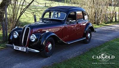 BMW 335 Limousine mit Falt-Schiebedach 1939 Объем двигателя 3485 куб см, 90 л.с., макс. скорость 145 км/ч (119 200 Евро)