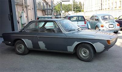 BMW 2000 C 1969 Объем двигателя 1990 куб см, 100 л.с., пробег 96 000 км (31 500 Евро) Автомобиль под восстановление