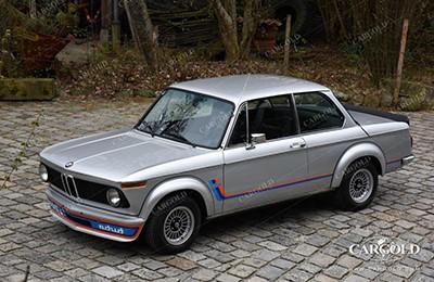 BMW 2002 Turbo 1974 Объем двигателя 1990 куб см, 170 л.с., макс. скорость 212 км/ч (137 500 Евро)