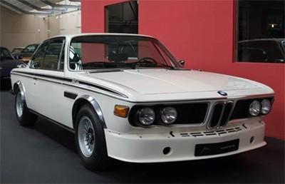 BMW 3,0 CSL 1973 E9 Объем двигателя 3003 куб см, 200 л.с., пробег 40 км (289 000 Евро)
