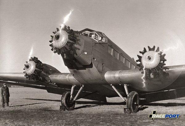 Junkers Ju 52 с тремя радиальными двигателями BMW , 1930