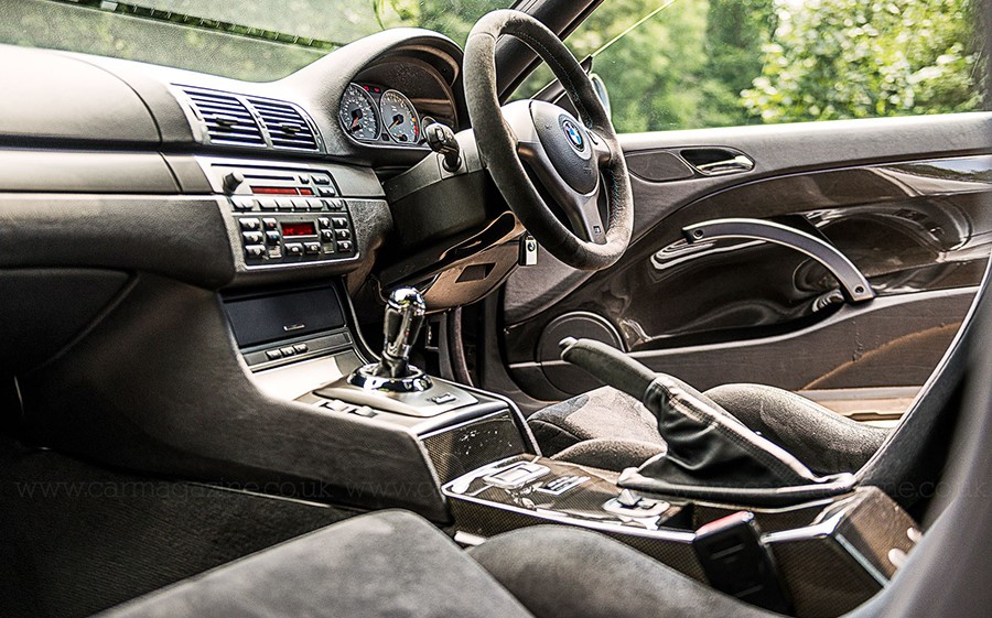 Английская праворукая версия BMW M3 CSL