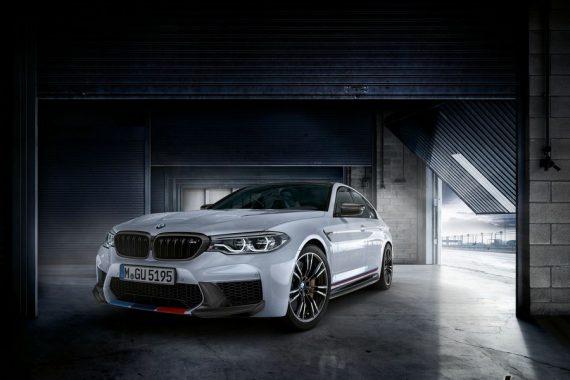 Презентация Performance пакета BMW M5 F90 на выставке SEMA