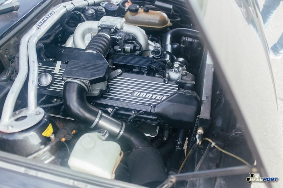 BMW E30 c элементами Hartge, приятная машина, как и ее владелец