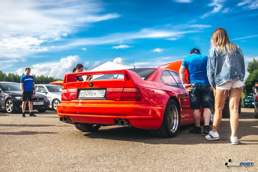 BMW 850i с компрессором и расширением от Koenig Special нашего клиента