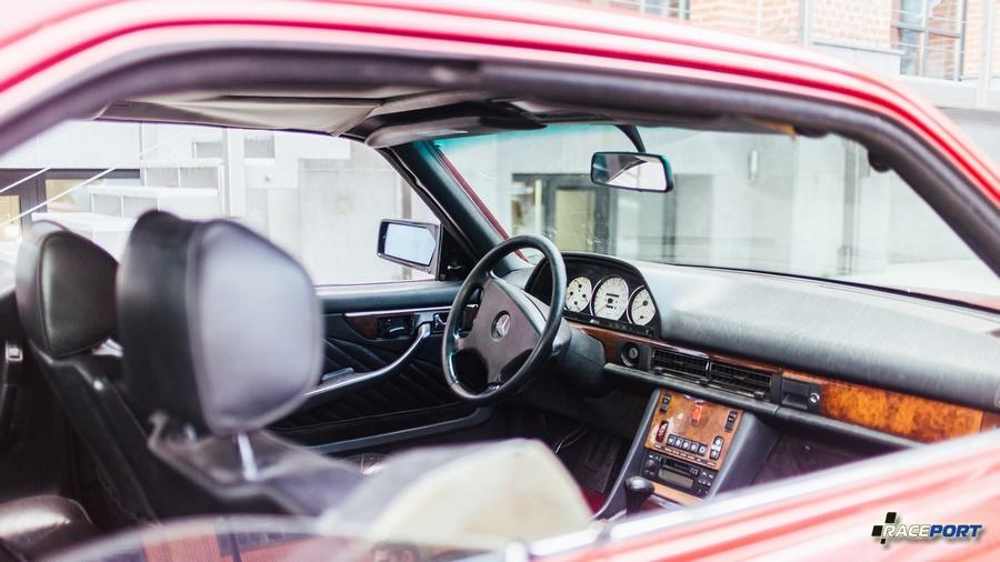 Интерьер W126