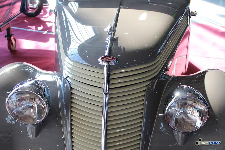 1939 Jawa Minor с 2х цил. двигателем мощностью 19,5 л.с. Объем двигателя 615,75 км. см