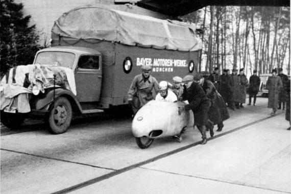 Эрнст Якоб Хенне, легенда мотоспорта