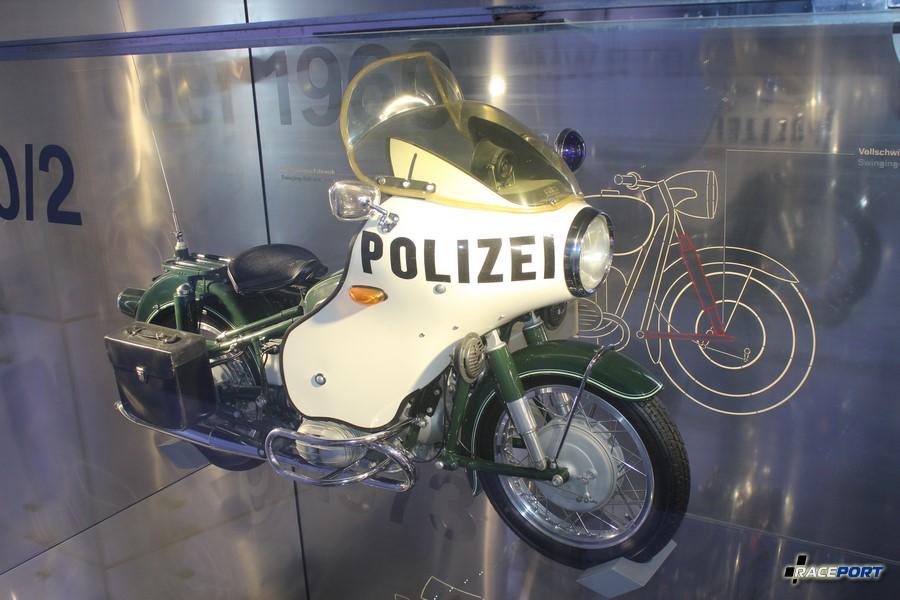 Полицейский вариант мотоцикла BMW