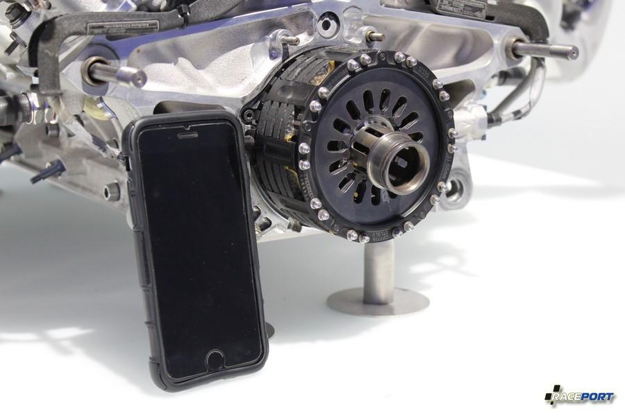 Перед вами формульный двигатель BMW P84/5 выпуска 2005 г.