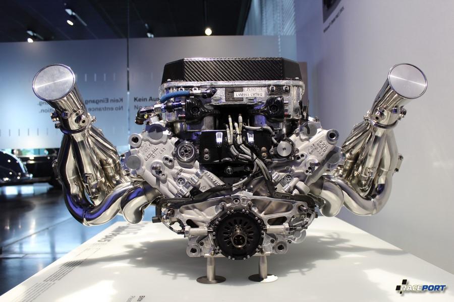 BMW P84/5 вид сзади.