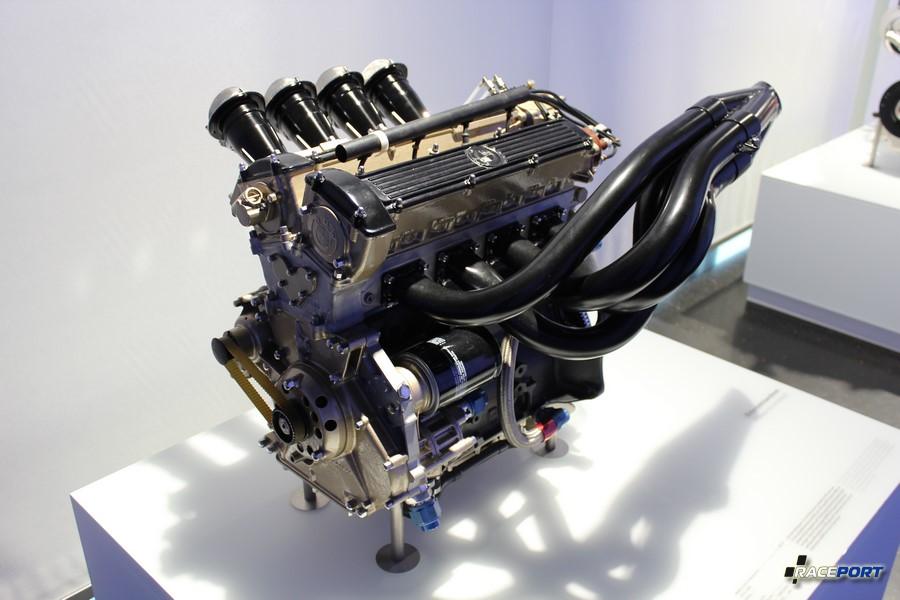 Формульный двигатель M12/7