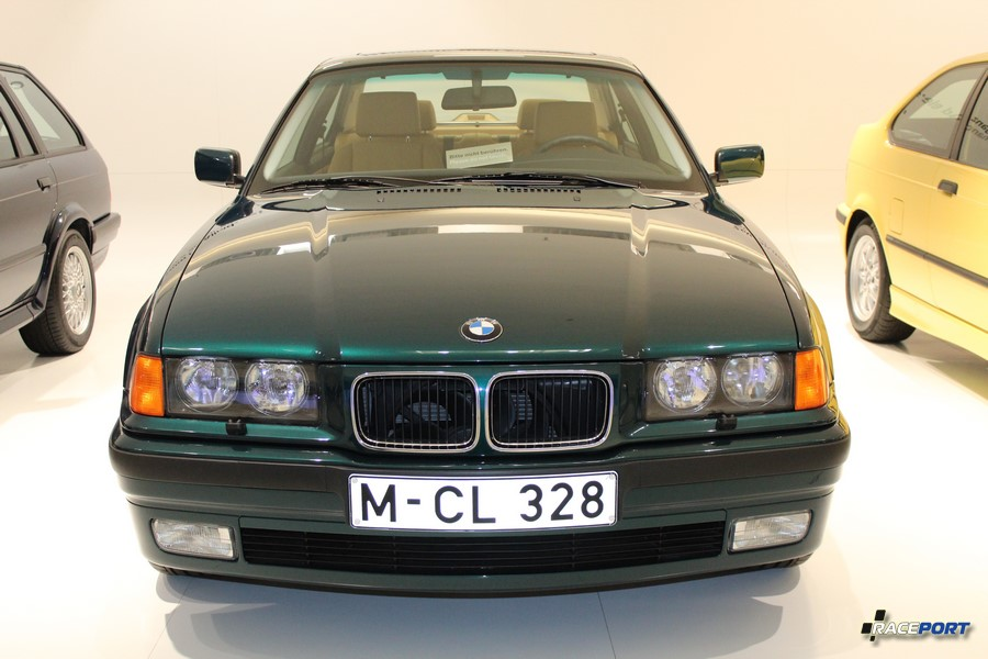 BMW E36 Limousine дорестайлинг
