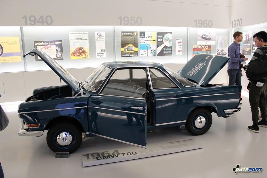 BMW 700 1964 г.в.