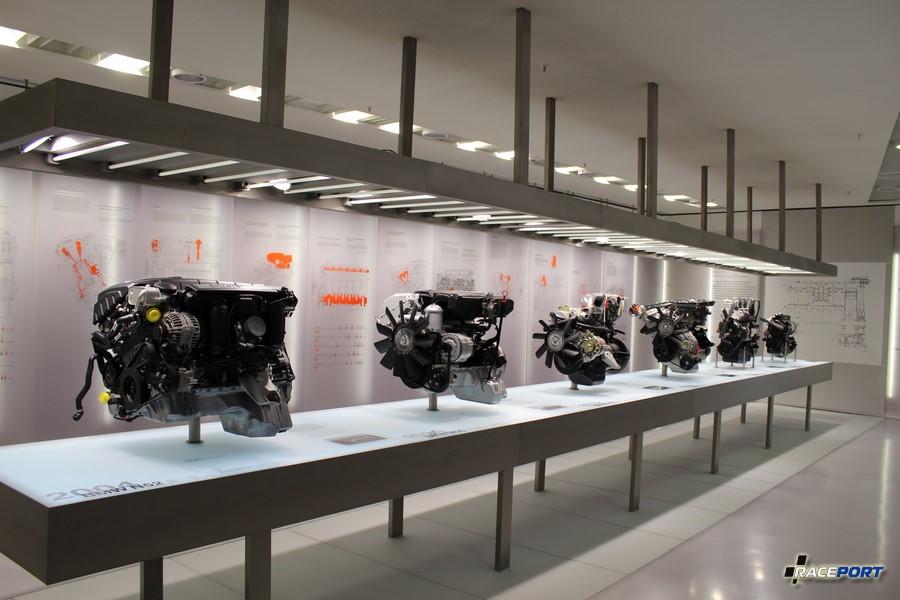 Стенд двигателей BMW