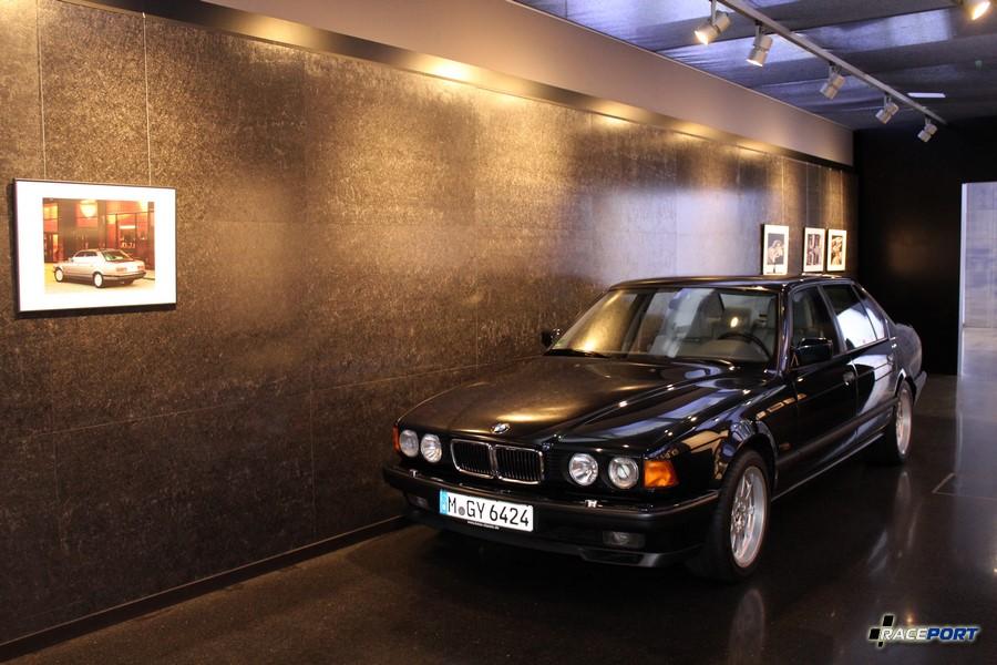 BMW 750iL в кузове E32