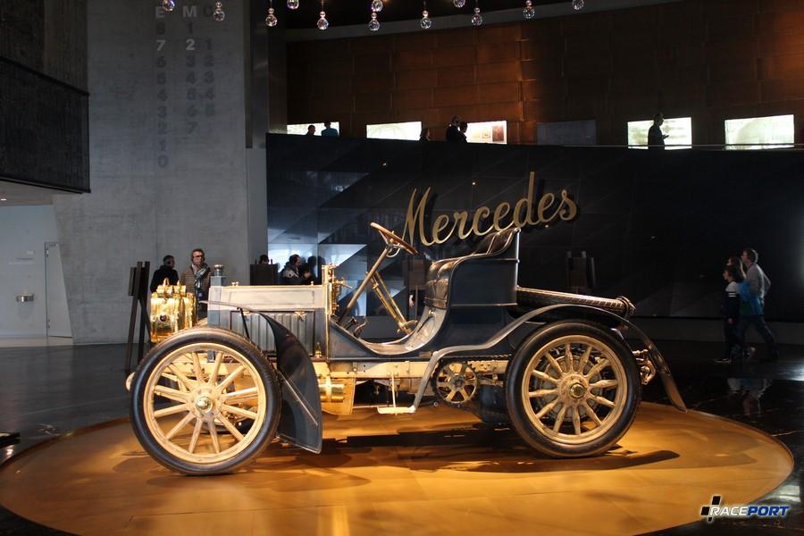 1902 Mercedes-Simplex 40 PS. 4цил. 6785 куб см. 40 л.с. 1100 об/мин. Макс. скорость 80 км/ч