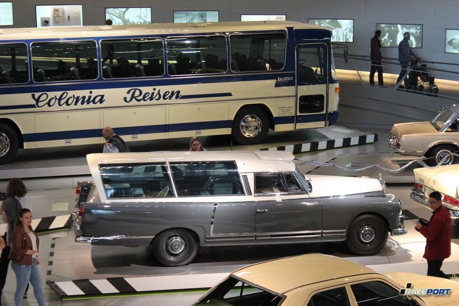 1960 Mercedes-Benz 300 Messwagen