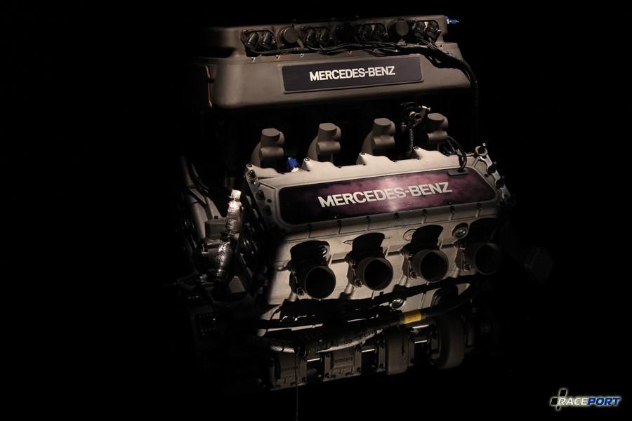 1994 Mercedes-Benz Indy-Motor 500. V8 3429 куб см, 1026 л. с. 10500 об/мин