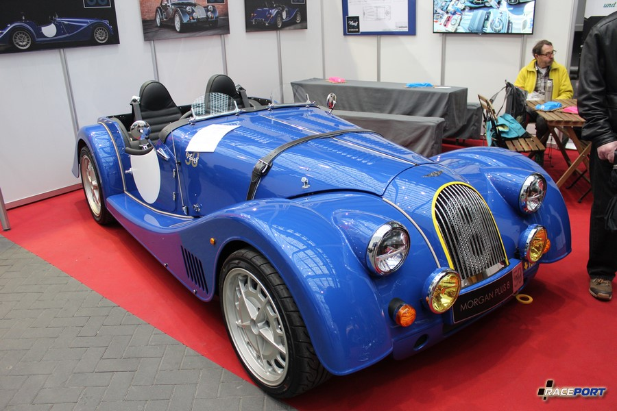 Morgan Plus 8. Motor BMW V8 4799 ccm, 367 Hp